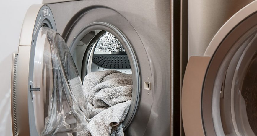 How to Load the Washing Machine Properly [6 Tips]